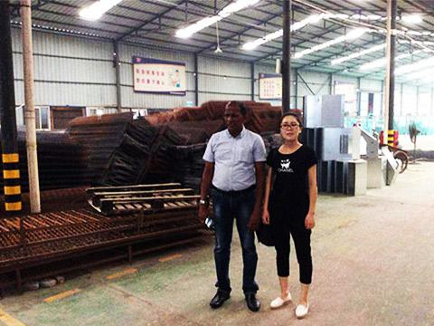 клиент из Шри-Ланки посетил наш завод фото